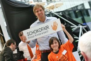 Dirk Nowitzki unterstützt SchokoFair